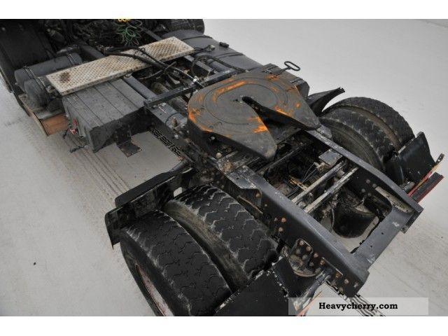 Renault Kerax 420 2002 Standard Tractor  Trailer Unit Photo