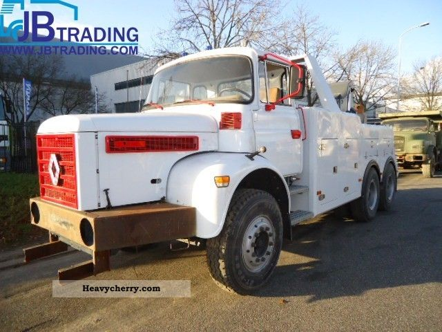1983 Renault  GBH280 tow truck Truck over 7.5t Breakdown truck photo