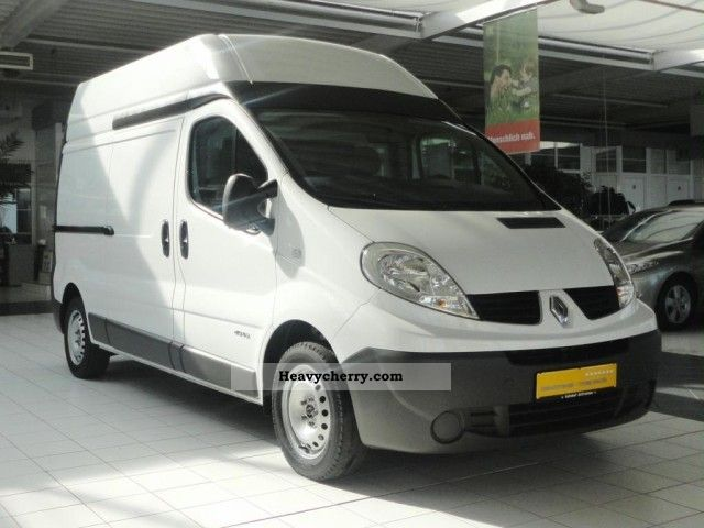 renault trafic l2h2 2 9 t 2008 box type delivery van high photo and specs. Black Bedroom Furniture Sets. Home Design Ideas
