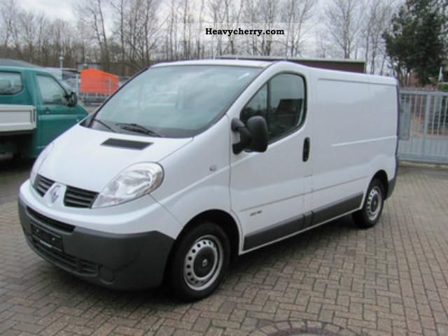 renault trafic 2 0 dci 115 l1h1 with dpf green feinstaubp 2008 other vans trucks up to 7 photo. Black Bedroom Furniture Sets. Home Design Ideas