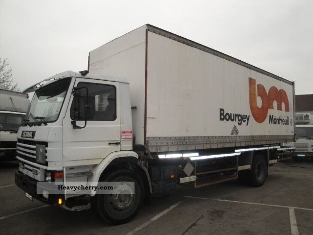 Scania 93 m 1994 Box Truck Photo and Specs