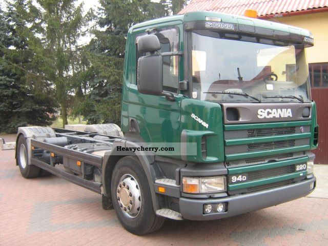 Scania 94D 220 2000 Chassis Truck Photo and Specs