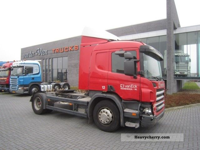 Commercial Trailer Unit : Scania p standard tractor trailer unit photo and