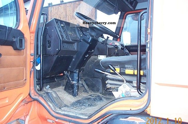 how to take off the engine in kubota r420