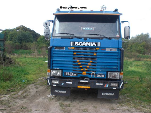 1997 Scania  113M Truck over 7.5t Stake body photo