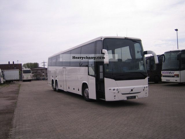 Volvo 9900 2003 Coaches Photo and Specs