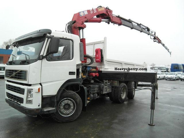 Volvo FM 12 6x2 Tipper with HMF 3722K4 with Jib 29Meter 2005 Tipper Truck Photo and Specs