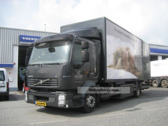 2007 Volvo  FL 240 MANUAL EURO 4 BDF Truck over 7.5t Swap chassis photo