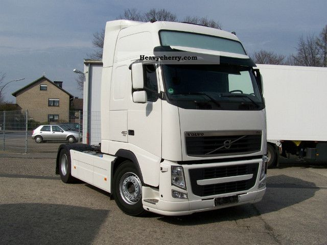 Commercial Trailer Unit : Volvo fha c standard tractor trailer unit photo and specs
