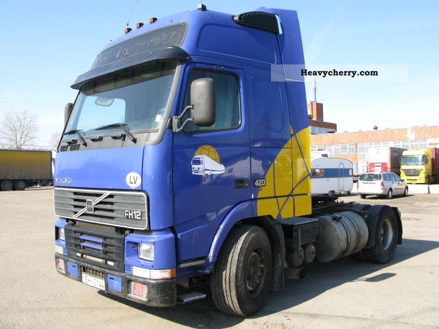 Commercial Trailer Unit : Volvo fh standard tractor trailer unit photo and specs