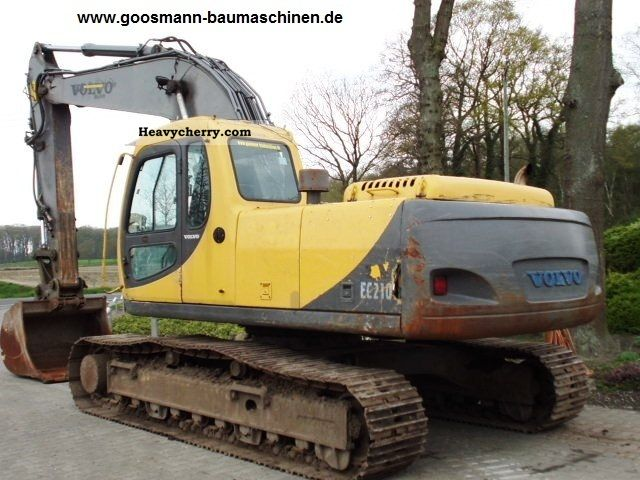 2001 Volvo  EC210LC Construction machine Caterpillar digger photo
