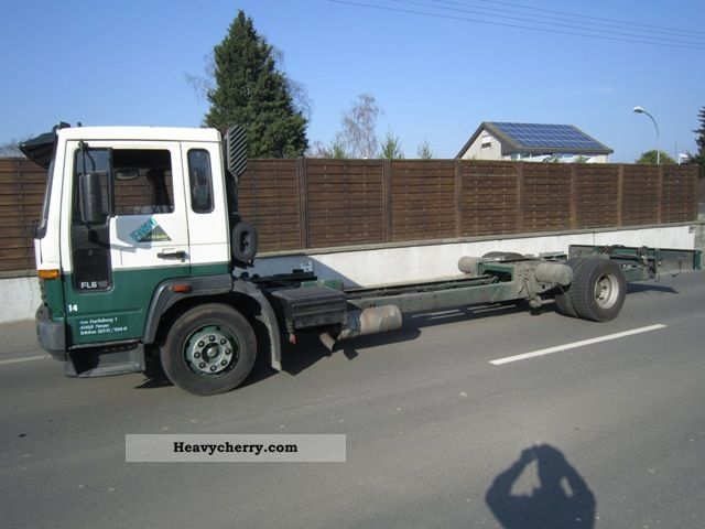 volvo fl6 12 low-context 1999 chassis truck photo and specs