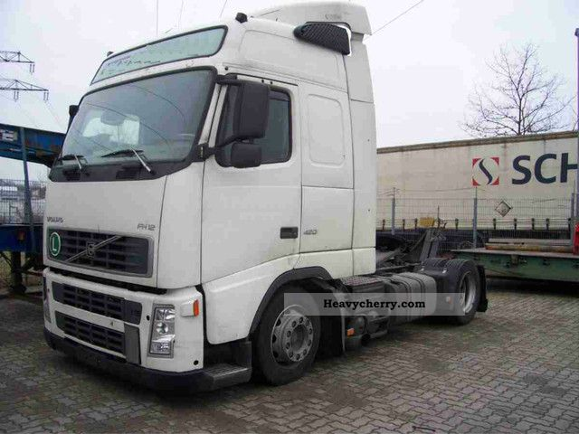 Volvo Fh Low Liner Adjustable Fifth Wheel Lgw further Volvo I Shift Severe Duty besides Maxresdefault further Changing Automatic Transmission Fluid as well Ishift Rhsideangle Grn. on volvo truck i shift gearbox