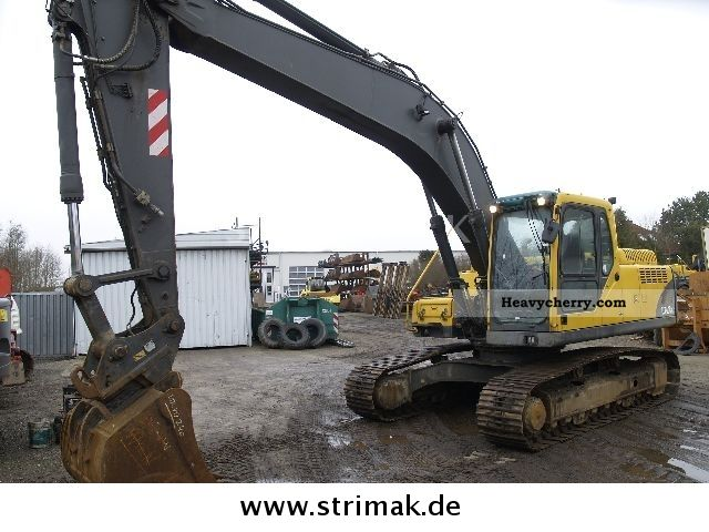 2004 Volvo  EC 240 B NLC Construction machine Caterpillar digger photo