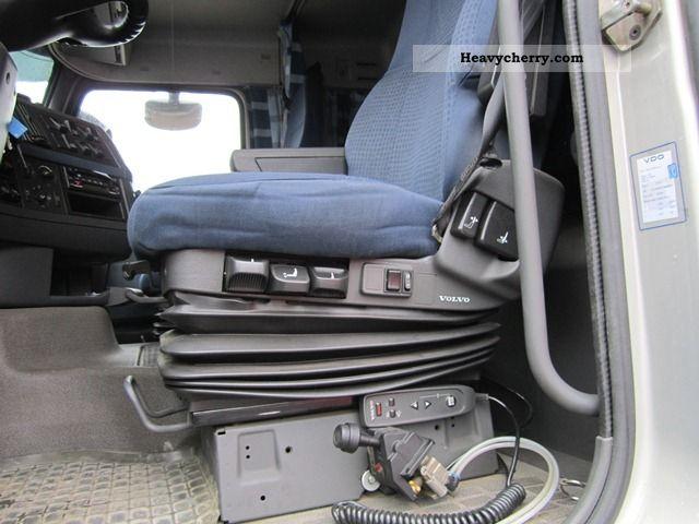 are semi trucks manual or automatic