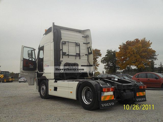Commercial Trailer Unit : Volvo fh km standard tractor trailer unit