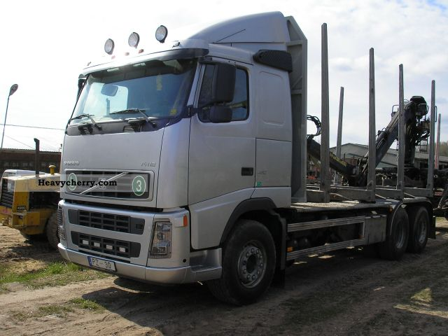 2005 Volvo  FH Truck over 7.5t Timber carrier photo