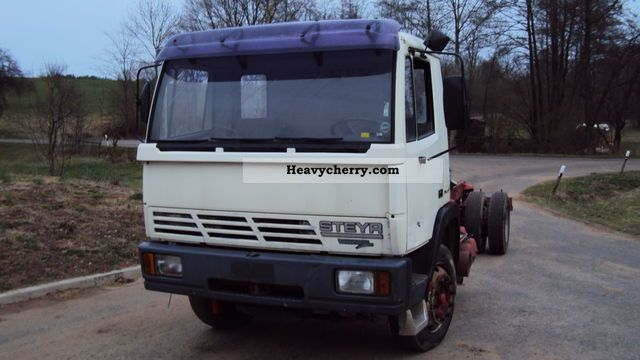 Steyr 15S23 chassis 1994 Chassis Truck Photo and Specs