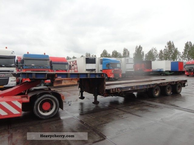 1993 Broshuis  DAPA 3AS UITSCHUIFBAAR Semi-trailer Low loader photo