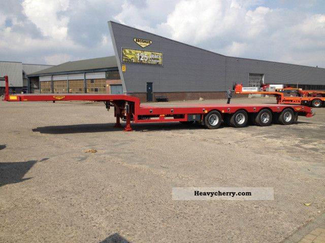 2011 Broshuis  42N5-EU Semi-trailer Low loader photo