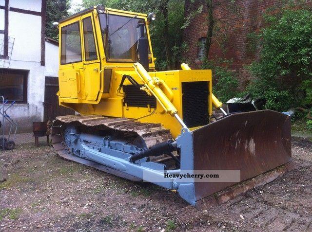 1980 Hanomag  D400C * 3500 * 13.7T Bst Raup NO CAT Bulldozer Construction machine Dozer photo