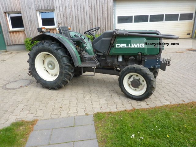 1993 Claas  55-14 Agricultural vehicle Tractor photo