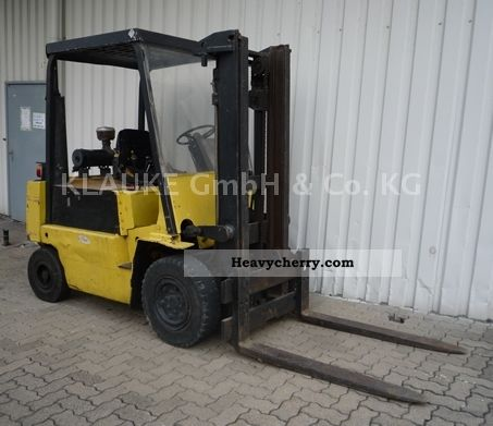 1980 Yale  GDP040 Forklift truck Front-mounted forklift truck photo