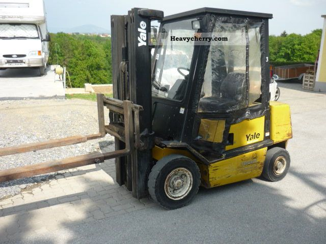 1998 Yale  GDP25 Forklift truck Front-mounted forklift truck photo