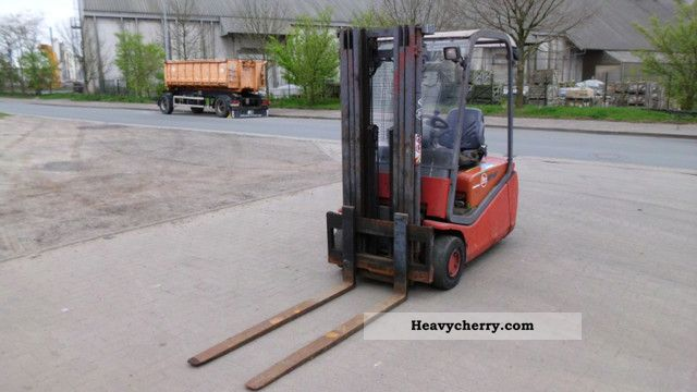 2000 BT  CBE 1.6T Electric Forklift Forklift truck Other forklift trucks photo