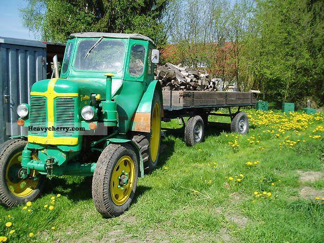 1968 Fortschritt  Famulus 40 Agricultural vehicle Tractor photo