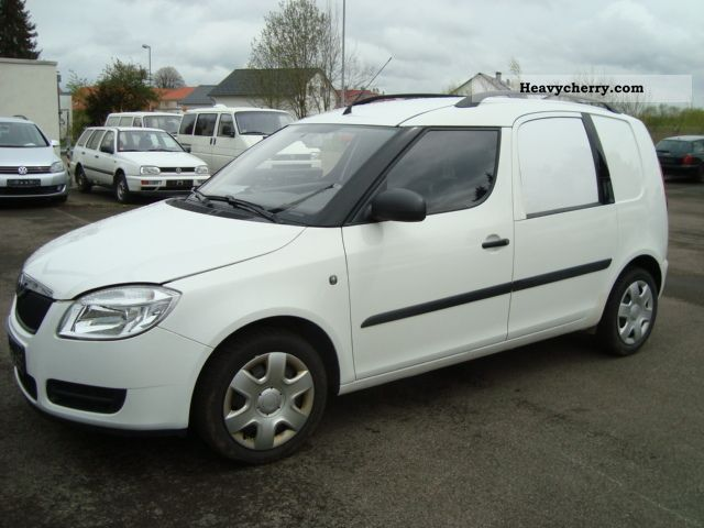 skoda roomster 1 4 tdi practice climate 2008 box type delivery van photo and specs. Black Bedroom Furniture Sets. Home Design Ideas