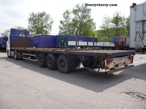 2003 ES-GE  3-axle semi-trailers Semi-trailer Platform photo