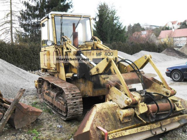 1980 Hanomag  MF 400 Construction machine Dozer photo