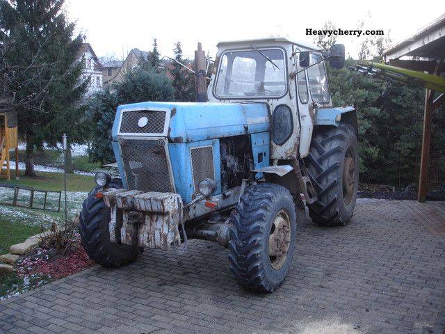 1982 Fortschritt  ZT 303 Agricultural vehicle Tractor photo