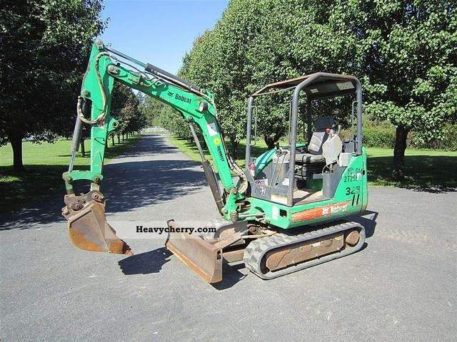 2004 Bobcat  328 Construction machine Mini/Kompact-digger photo