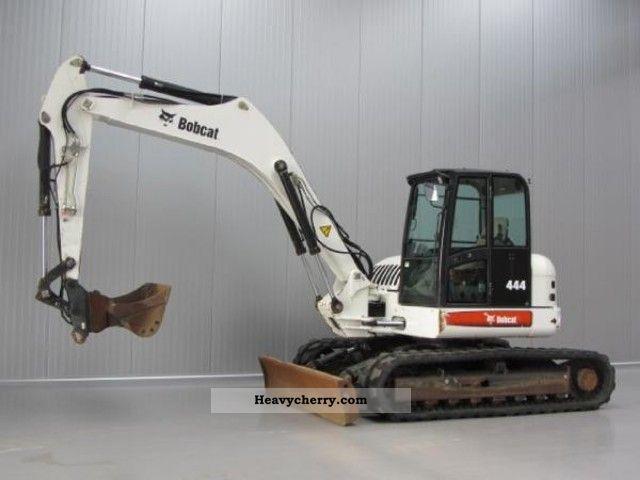 2008 Bobcat  444 B Construction machine Caterpillar digger photo