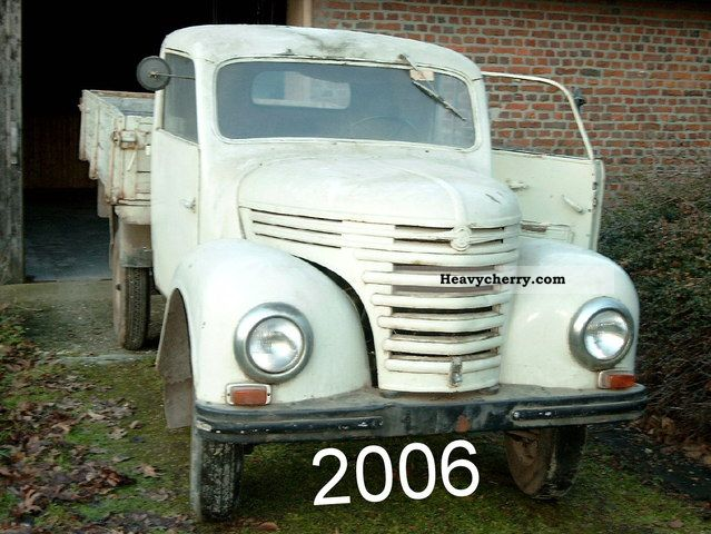 1961 Barkas  Framo V901-2 R 19 37PS 900cc 3-cyl 2T Van or truck up to 7.5t Stake body photo
