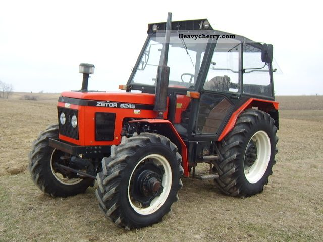 2011 Zetor 6245 40km from Krakow Agricultural vehicle Tractor photo