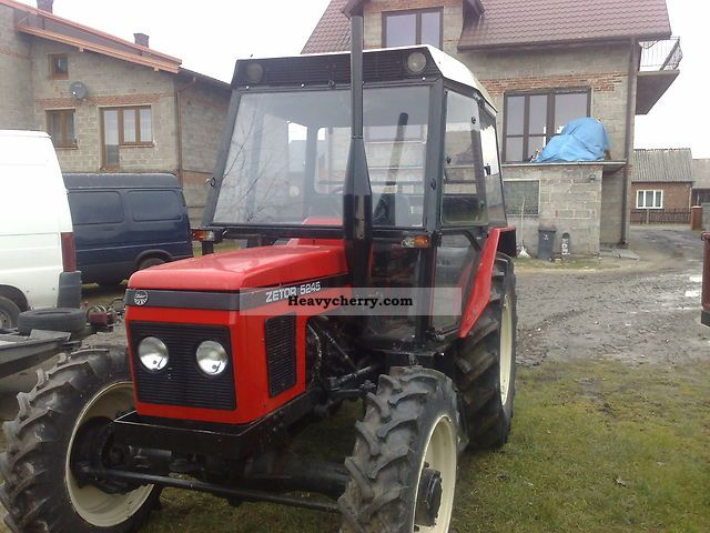 2011 Zetor  5245 Agricultural vehicle Tractor photo
