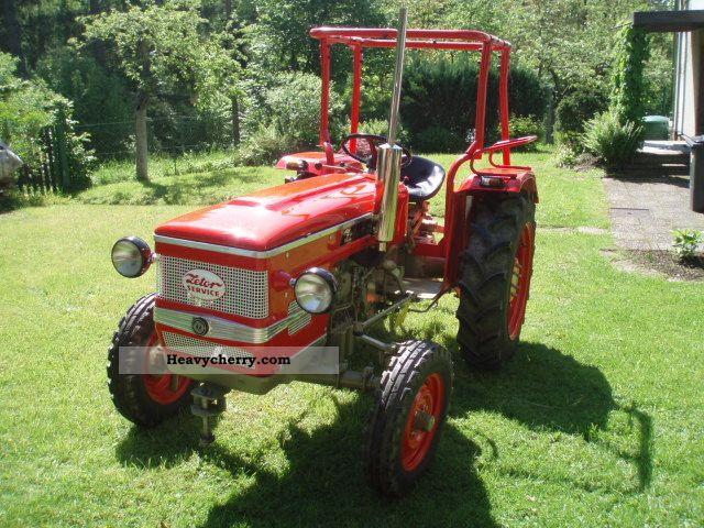 1977 Zetor  2511 Agricultural vehicle Tractor photo