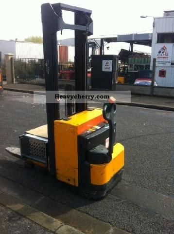 2011 Other  OTHER gh14 Forklift truck High lift truck photo