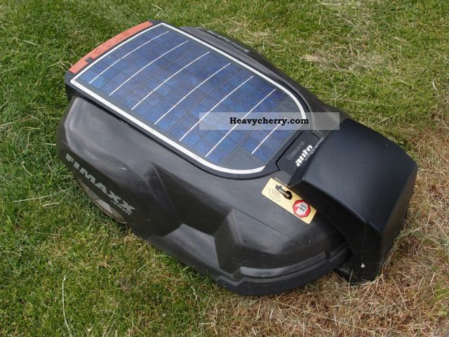 automower solar hybrid automower solar hybrid husqvarna. Black Bedroom Furniture Sets. Home Design Ideas