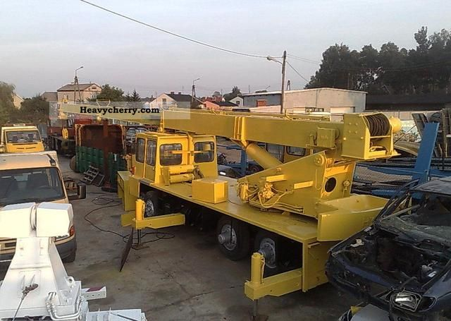 Hydrocon 1978 Truck Mounted Crane Photo And Specs
