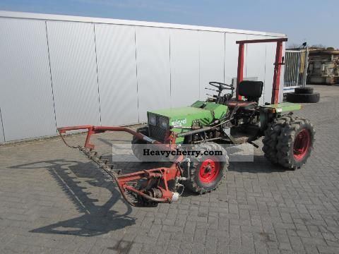 1981 Other  Schilter Weasel 228 Agricultural vehicle Tractor photo