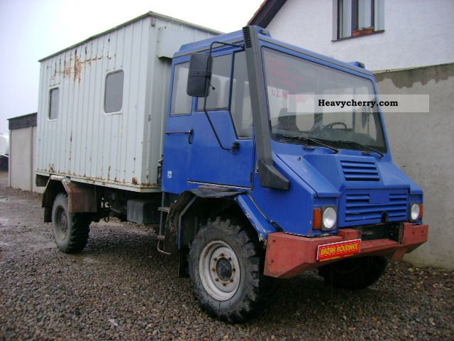 1998 Other  PRAGA UV 80 4x4 (id: 6003) Van or truck up to 7.5t Box-type delivery van - high photo