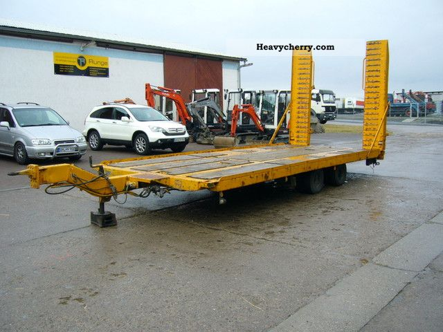 1981 Other  Liscka and Muller TD2/980 Ladhöhe only 600 mm Trailer Low loader photo