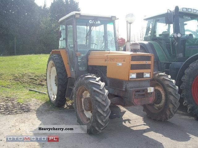 1981 Other  Renault 891-4 Agricultural vehicle Tractor photo