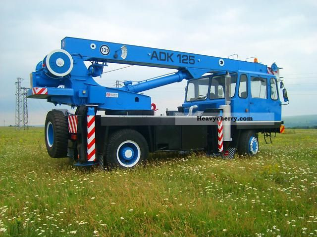 Adk 125 3 1992 Truck Mounted Crane Photo And Specs