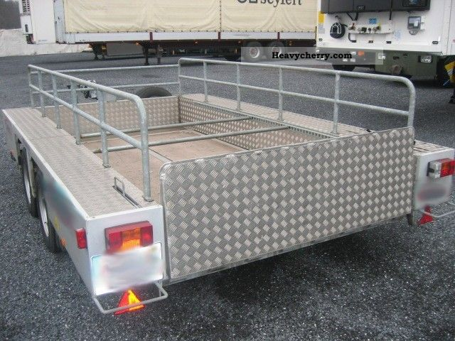 2003 Other  Expresso 04/335 trailer Trailer Chassis photo
