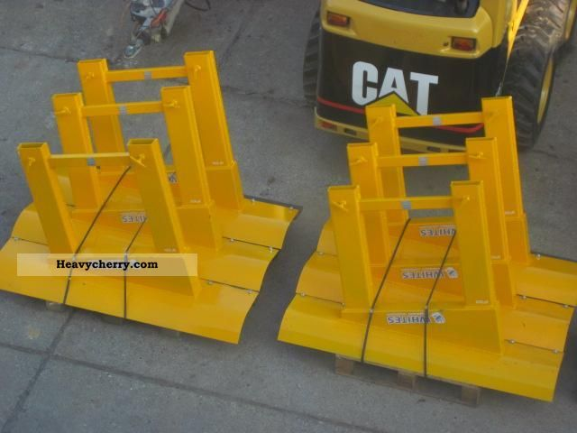 2011 Other  Truck snow plow snow plow - NEW Van or truck up to 7.5t Sweeping machine photo
